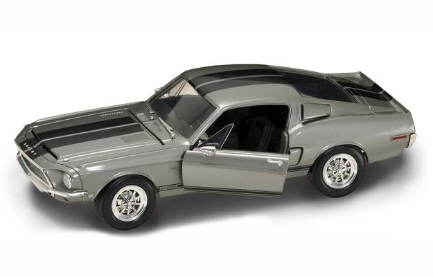 SHELBY GT-500KR 1968 1/18