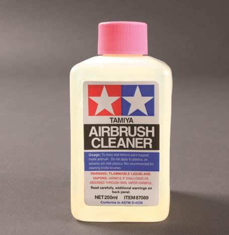 AIRBRUSH CLEANER TAMIYA 250ML.